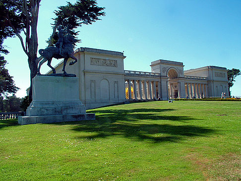 Palace of the Legion of Honor Ansicht Reiseführer  Wunderschön gelegen: Palace of the Legion of Honor